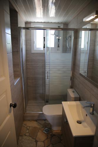 Bathroom (Kefalonia)